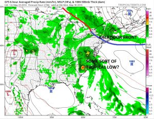 gfs156 DOWNPOURS TONIGHT
