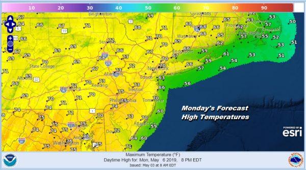 Gloom Returns Showers Tonight Improves Saturday Rain Sunday